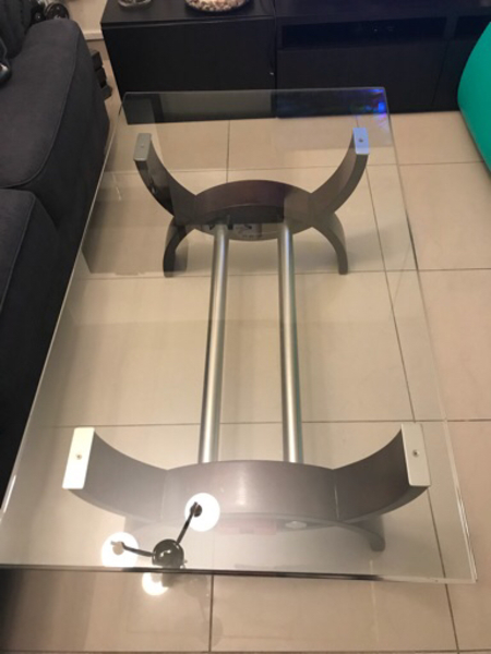 Used Middle table  in Dubai, UAE