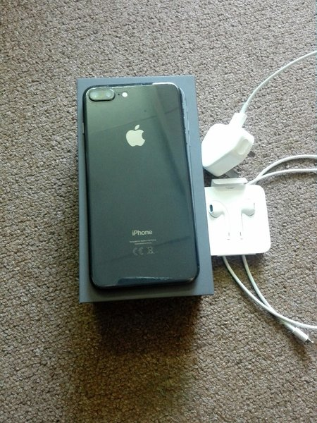 I Phone 8 Plus 64 GB Space Grey