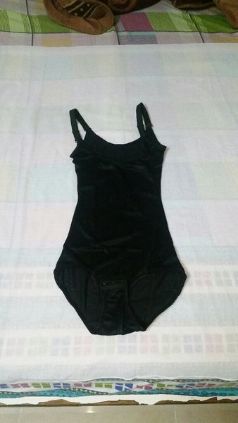 Used Waist Cinchers (Size XS) in Dubai, UAE