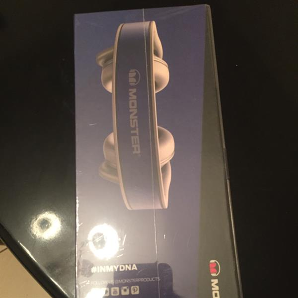 Used Sealed Monster Headphones For Sale A Co Company Of Beats Brand New Original in Dubai, UAE