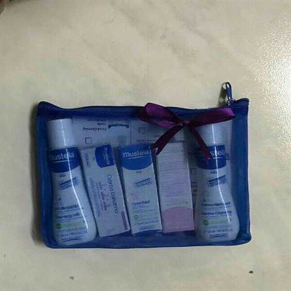 Used mustela 6pcs set cream in Dubai, UAE