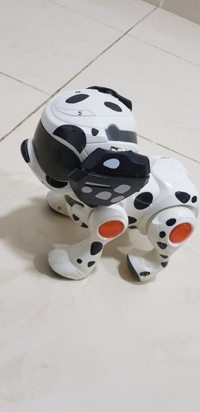 Used no box,broken tale Robot dog 'Techno' in Dubai, UAE