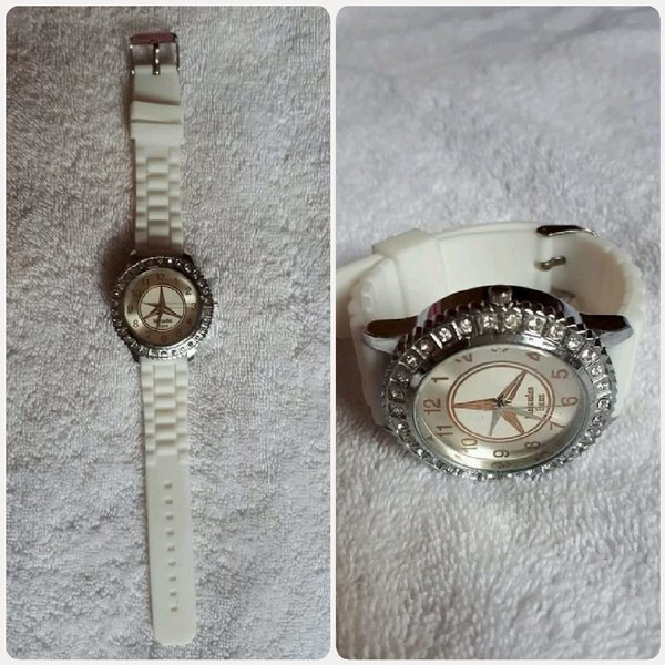 Used White watch new Mercedes Benz for girl in Dubai, UAE