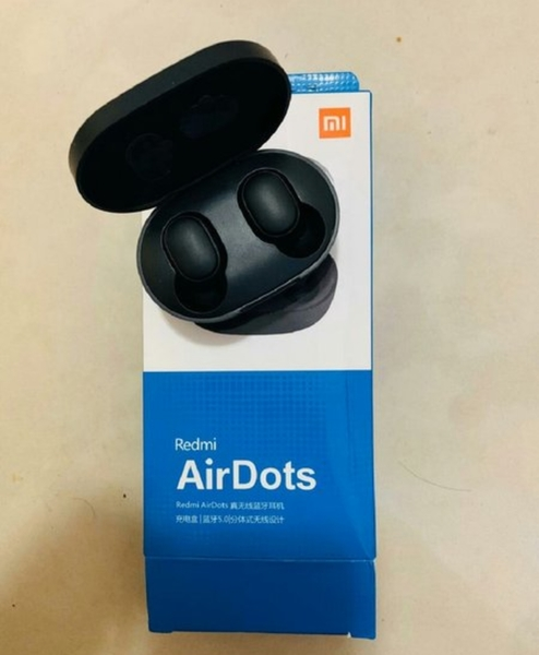 Used Mi airdots in Dubai, UAE