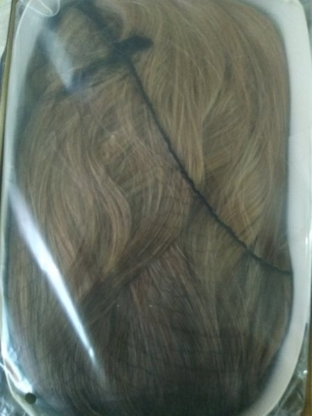 Used invisible wavy hair extension in Dubai, UAE