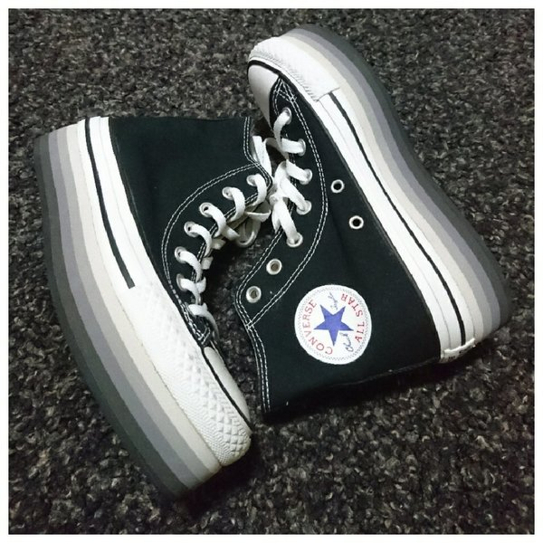 Used Original New Chuck Taylor Converse in Dubai, UAE