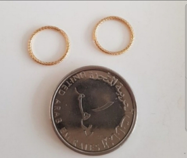 Used New real 10k gold not plated earrings in Dubai, UAE