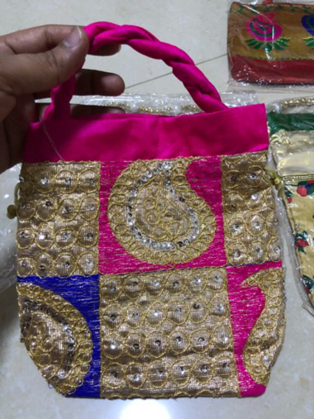 Used 4 pieces of small purses / gift pouches  in Dubai, UAE