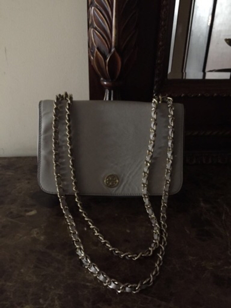 Used Toryburch two way Bag Authentic  in Dubai, UAE
