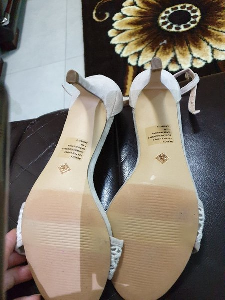 Used New Shoes price for each in Dubai, UAE