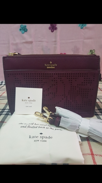 Used Authentic Katespade Purse with sling in Dubai, UAE