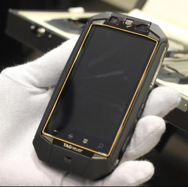 Used Tag Heuer Racer Carbon Fiber Luxury Phone (Symbian OS) - Never Used in Dubai, UAE