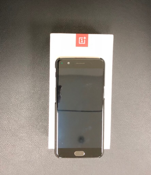 Used OnePlus 5 8GB RAM & 128 GB Black  in Dubai, UAE
