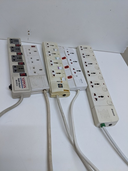 Used 5 pcs power extension cord in Dubai, UAE