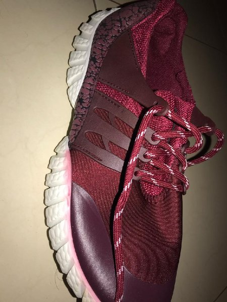 Used Men's Sports Running Shoes Red Size 42 in Dubai, UAE