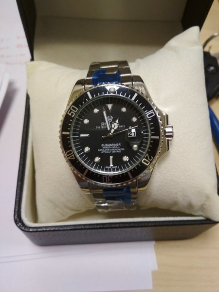 Used High Quality -Rolex Watch with box in Dubai, UAE