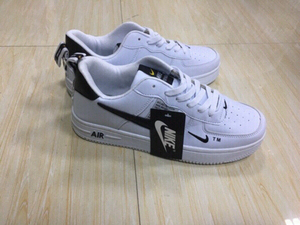 Used Nike Air white low cut 44, size (37-44) in Dubai, UAE