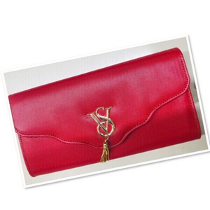 Used Red Clutch bag ♥️ in Dubai, UAE