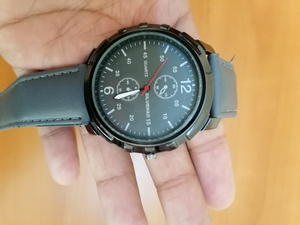 Used Men watch grey color 1 peice in Dubai, UAE