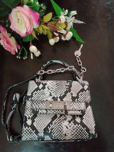 Used Aldo snake print crossbody Bag in Dubai, UAE