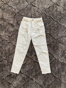 Used Pull & Bear White Ripped Jeans in Dubai, UAE