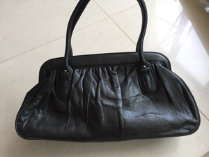 Used new BANANA REPUBLIC lamb leather bag in Dubai, UAE