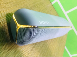Used Sony XB32 in new condition in Dubai, UAE