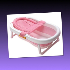 Used NEW COLLAPSIBLE BABY BATH TUB  in Dubai, UAE