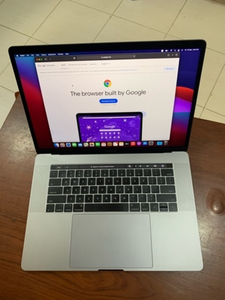 Used Apple Mac Book pro 15.4 with touch bar in Dubai, UAE
