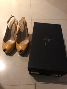 Used Guiseppe Zanotti Monro 85 Pumps 36 EU in Dubai, UAE