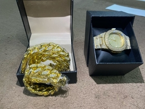 Used Cuban Necklace And watches set in Dubai, UAE