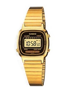 Used women orginal casio watch in Dubai, UAE