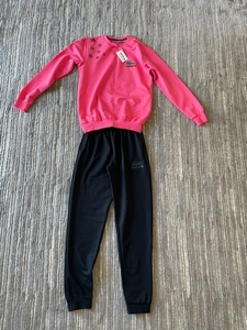Used Sport suit for a girl size 10/11  new in Dubai, UAE
