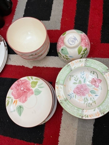 Used Floral plates and bowls 12 pieces  in Dubai, UAE
