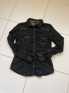 Used Denim shirt in Dubai, UAE