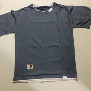 Used Men's T-shirt size medium (new) in Dubai, UAE