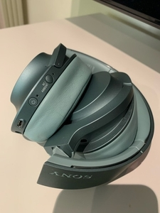 Used Sony wireless headphone for sale  in Dubai, UAE