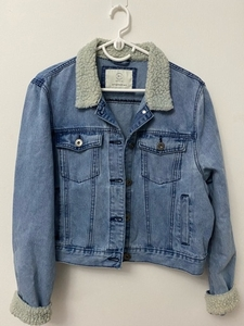 Used H&M Denim Jacket (fits medium to large) in Dubai, UAE