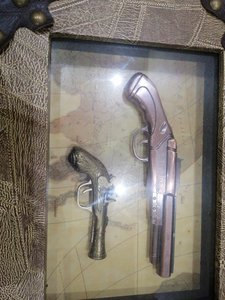 Used Small painting inside fake guns in Dubai, UAE