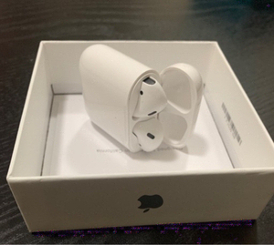 Used Apple Airpod with free Case Cover  in Dubai, UAE