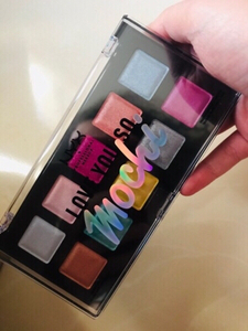 Used NYX eyeshadow palette, electric pastel in Dubai, UAE