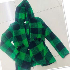Used Girls jacket green / small ♥️ in Dubai, UAE
