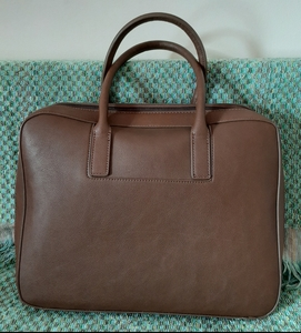 Used Beautiful leather laptop bag in Dubai, UAE