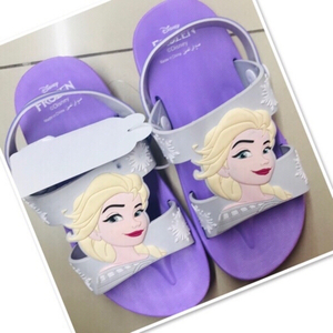 Used Purple Frozen Sleepers size 32 ♥️  in Dubai, UAE