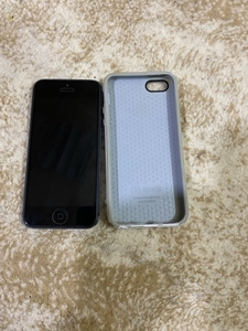 Used iPhone 5 @16 gb only mobile  in Dubai, UAE