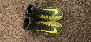 Used Nike Shoes for kids size 37 cr7 shoes in Dubai, UAE