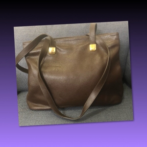 Used ANONYME PARIS VINTAGE GENUINE LEATHER in Dubai, UAE