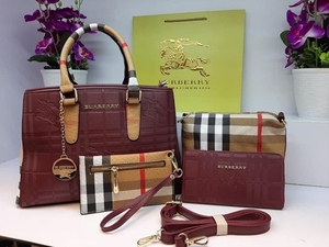 Used Burberry Luxury Bag Set 4-in-1 in Dubai, UAE