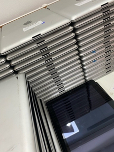 Used Apple ipad 2rd generation 16 GB in Dubai, UAE