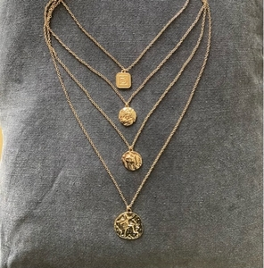 Used PrettyLittleThing Gold Layered Necklace in Dubai, UAE